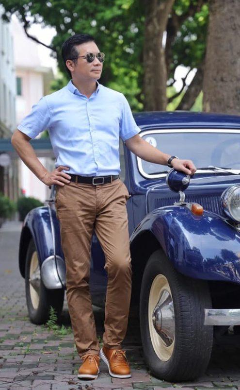 Shark Hưng làm nhân viên sale xe hơi