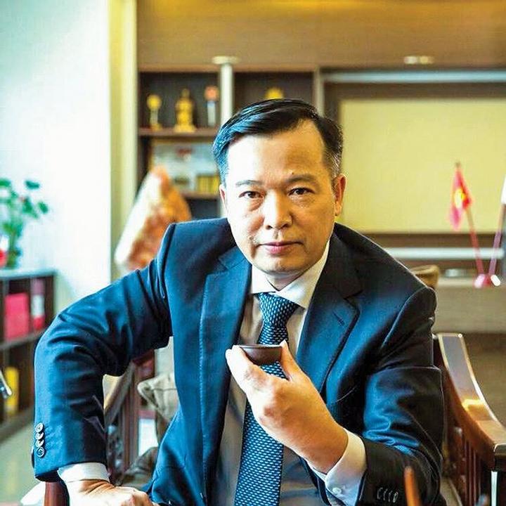 Học vấn của Shark Nguyễn Thanh Việt