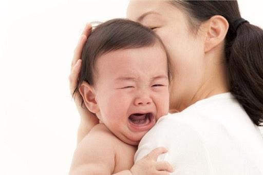 Chú ý đến sức khỏe của bản thân khi mơ thấy trẻ con khóc